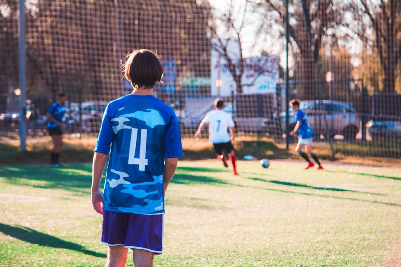 Detale obuwia piłkarskiego poprawiające grę zawodnika