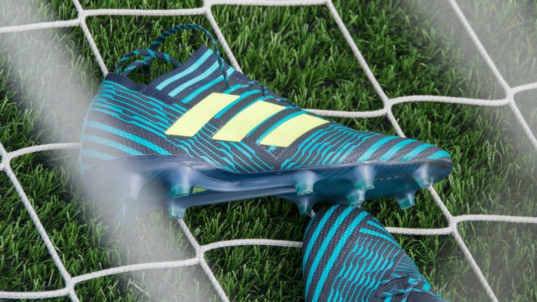 W jaki sposób czyścić, pielęgnować i konserwować buty piłkarskie?